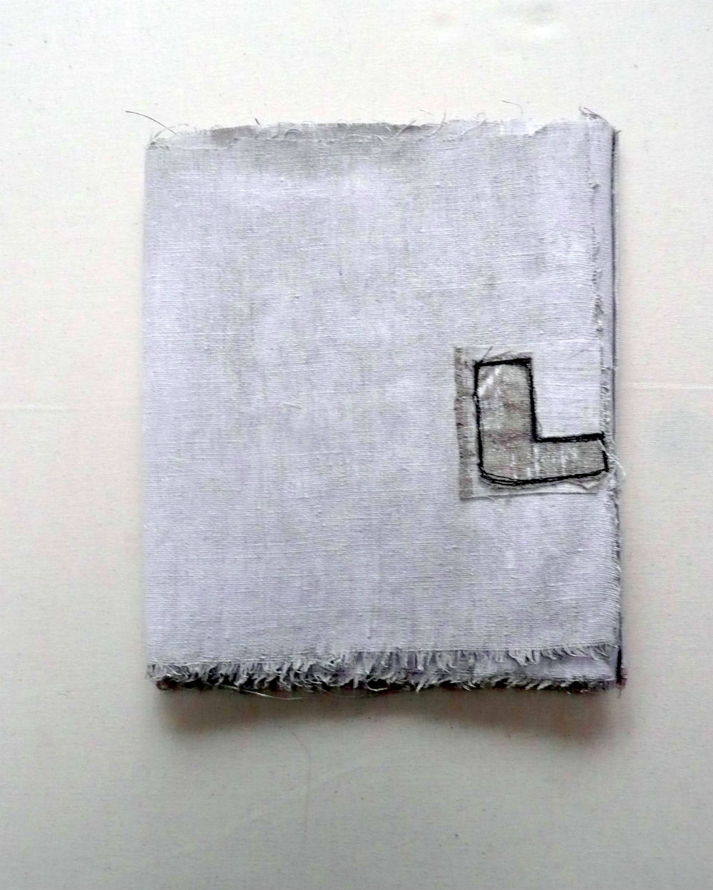Boekje - uitklapbaar - dicht 22 - 26 cm. uitgeklapt 1.73 cm.